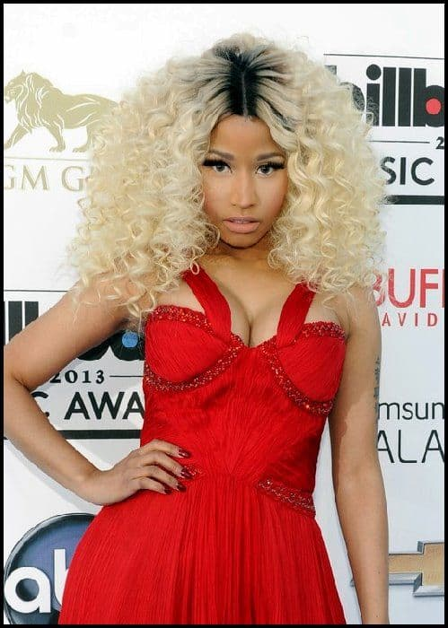 Nicki Minaj - Hair Full of Volume