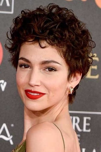 Ursula Short Curly Hairstyles